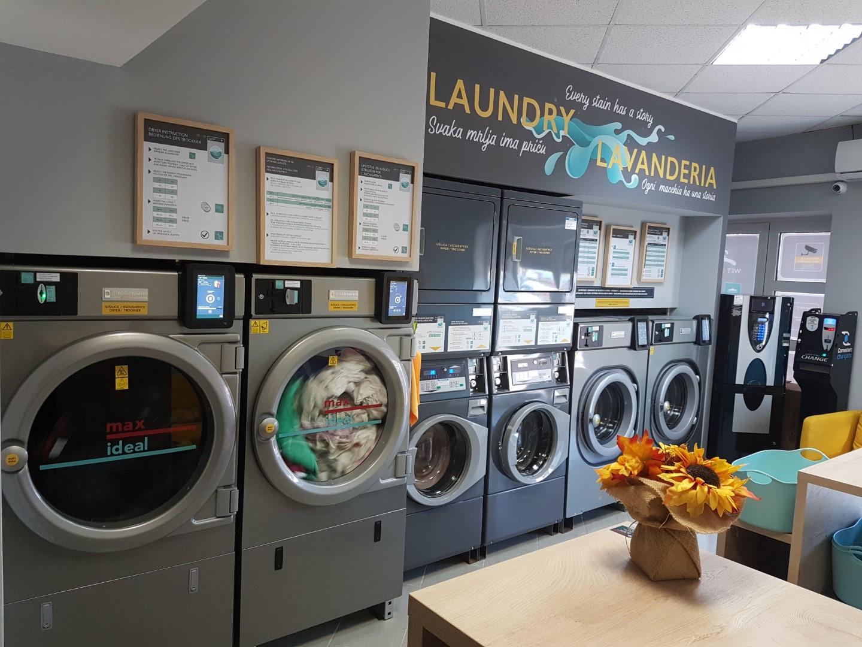 Samoposlužna praonica rublja / Self service laundry, Economatic Umag, Istra